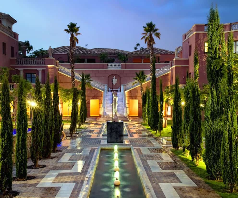 Where to See and Be Seen in Marbella: 12 Fashionable Addresses