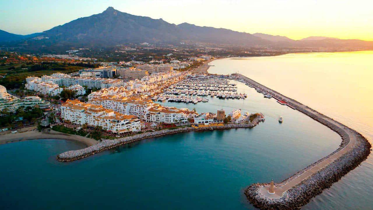 Puerto banus marbella attractions